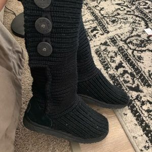 Knit uggs size 6-7
